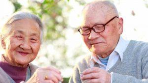6 cách trị táo bón cho người già bạn nên biết
