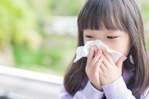 Trẻ em bị chảy máu cam lâu ngày có nguy hiểm không?