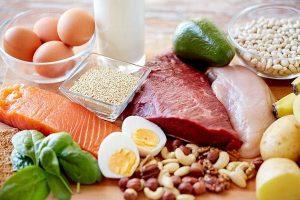 Người bị thoái hóa đốt sống lưng nên ăn gì và kiêng ăn gì?