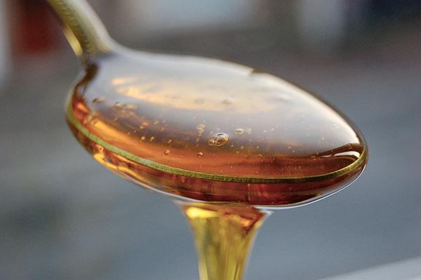 Cách chống táo bón bằng mật ong