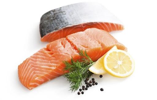 đau thần kinh tọa nên ăn thịt cá