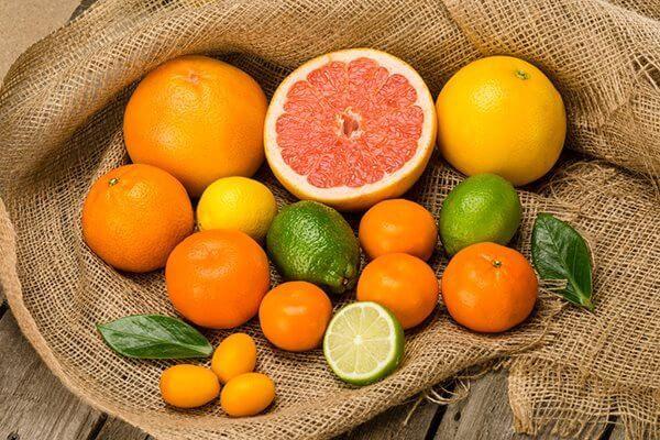 bị hen suyễn nên ăn các loại trái cây họ cam