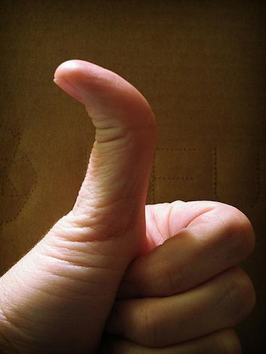 bài tập uốn cong ngón cái chữa tê tay