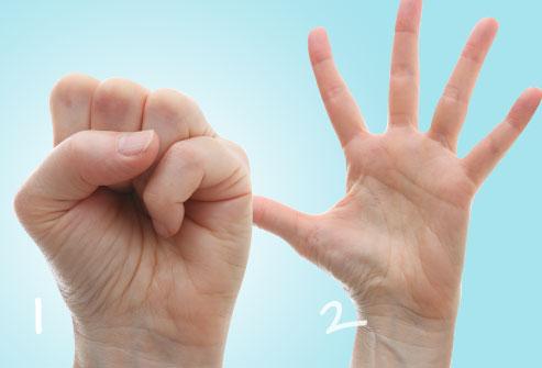 bài tập nắm bàn tay chữa tê tay
