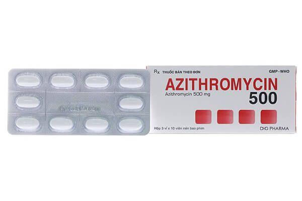 Dùng thuốc kháng sinh chữa chảy máu chân răng