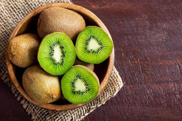 Bổ sung vitamin từ kiwi cho bé hen suyễn
