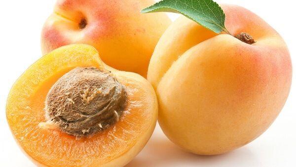 Ăn mơ bổ sung vitamin A ngừa chảy máu chân răng