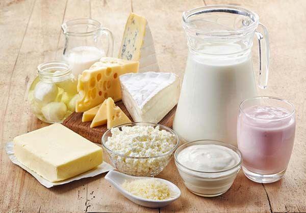 Chế độ dinh dưỡng giàu vitamin D, canxi hỗ trợ xương chắc khỏe