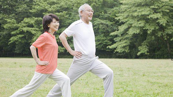 Tập thể dục cải thiên tinh thần và giấc ngủ của người già