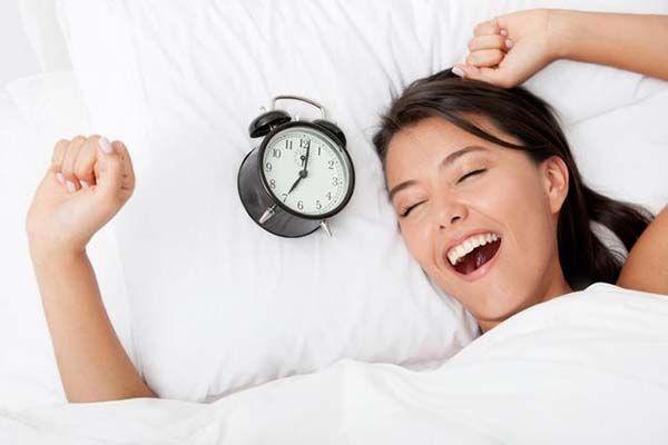 Duy trì giấc ngủ đều đặn để phòng ngừa mất ngủ