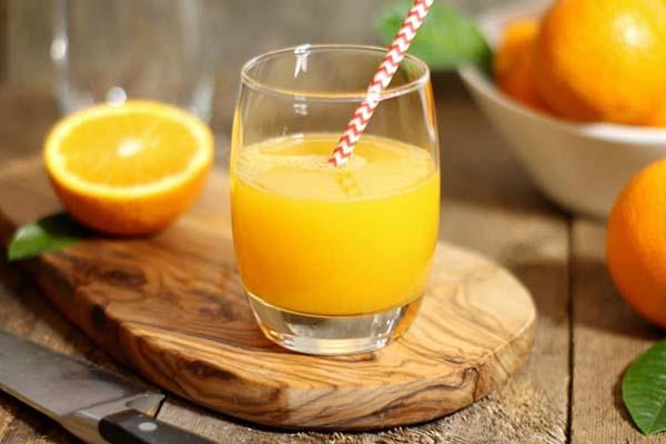 Tác dụng của nước cam đối với người bị viêm phế quản