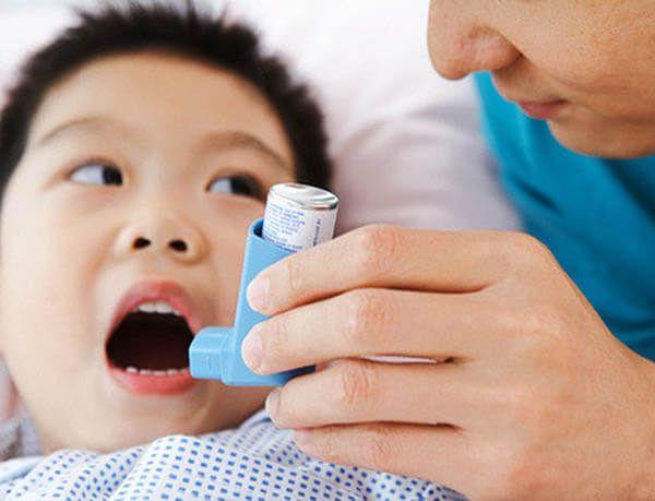 Nguyên nhân dẫn đến hen suyễn ở trẻ em là gì?