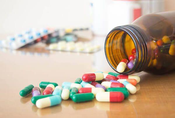 Trễ kinh do tác dụng phụ của thuốc tránh thai
