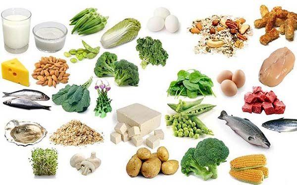 Chế độ ăn uống giàu canxi, vitamin D cho người thoái hóa