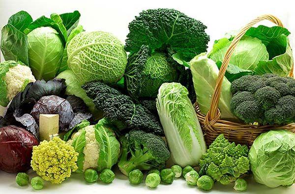 Thoái hóa khớp nên ăn rau xanh, hoa quả