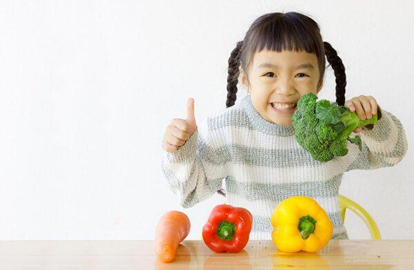 Chảy máu cam ở trẻ do thiếu vitamin và chất xơ