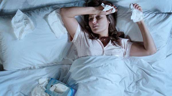Viêm xoang có thể khiến người bệnh khó ngủ