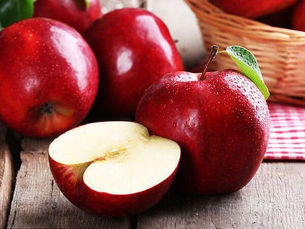 Ăn táo rất tốt cho đại tiện
