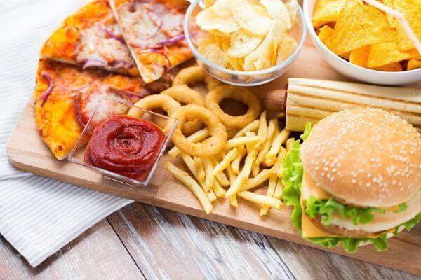 Thực phẩm nhiều dầu mỡ không tốt cho cơ thể