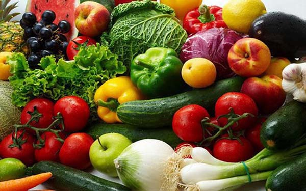 Bà bầu nên bổ sung rau củ quả vào chế độ ăn uống của mình