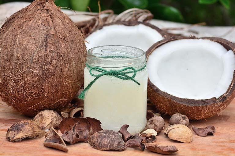 cách trị bệnh trĩ bằng dầu dừa