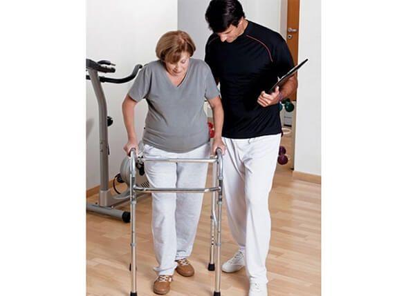Bài tập phục hồi chức năng cho bệnh nhân Parkinson