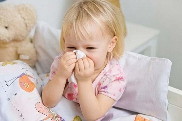 Trẻ bị viêm xoang có nguy hiểm không?