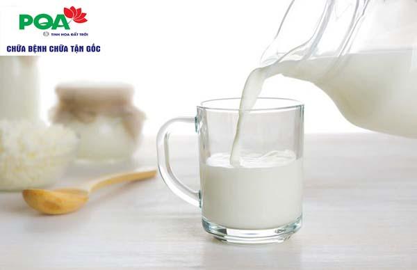 Viêm đại tràng có nên uống sữa