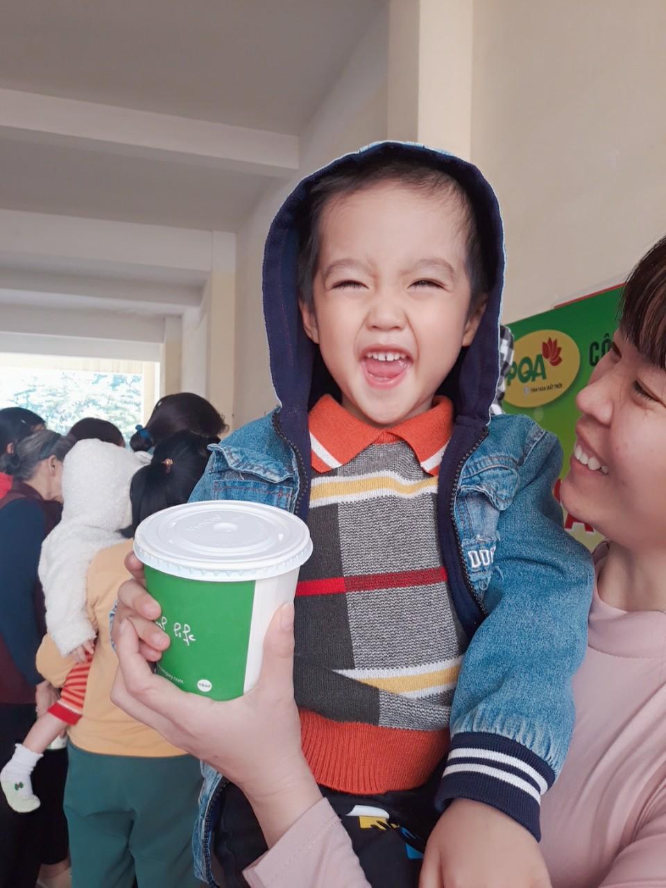 Chương trình thiện nguyện tháng 12: Tô cháo nhỏ - Lan tỏa yêu thương